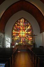 Dieciséis iglesias en una